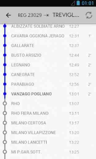 In stazione  - tabellone treni 3